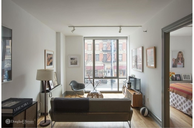 1 Bedroom, Cobble Hill Rental in NYC for $4,495 - Photo 2