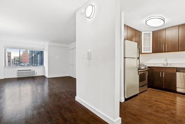 Studio, Chelsea Rental in NYC for $3,627 - Photo 2