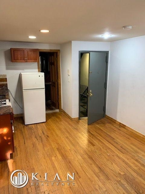 Studio, East Village Rental in NYC for $2,453 - Photo 2