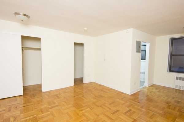 Studio, Forest Hills Rental in NYC for $1,620 - Photo 1