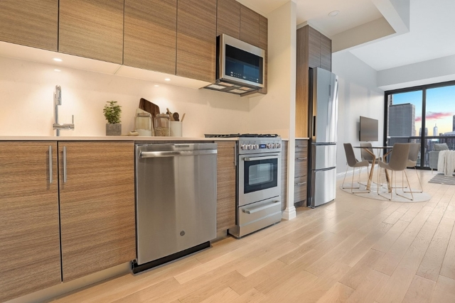 Studio, Theater District Rental in NYC for $3,410 - Photo 1