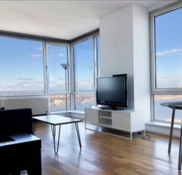 2 Bedrooms, Hell's Kitchen Rental in NYC for $1,800 - Photo 2