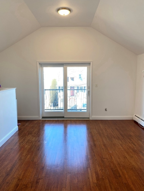 2 Bedrooms, Harding Park Rental in NYC for $1,650 - Photo 2