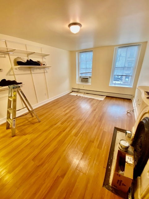 1 Bedroom, Lenox Hill Rental in NYC for $2,295 - Photo 2
