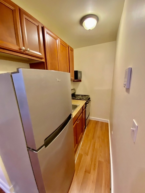 1 Bedroom, Lenox Hill Rental in NYC for $2,295 - Photo 1
