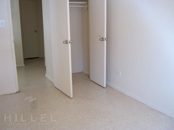 2 Bedrooms, Flushing Rental in NYC for $2,225 - Photo 1