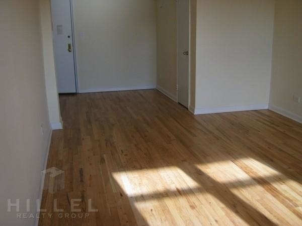 1 Bedroom, Flushing Rental in NYC for $1,795 - Photo 2