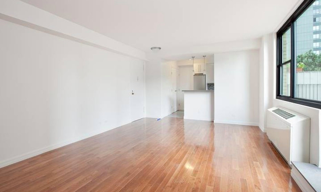 Studio, Hell's Kitchen Rental in NYC for $3,391 - Photo 2