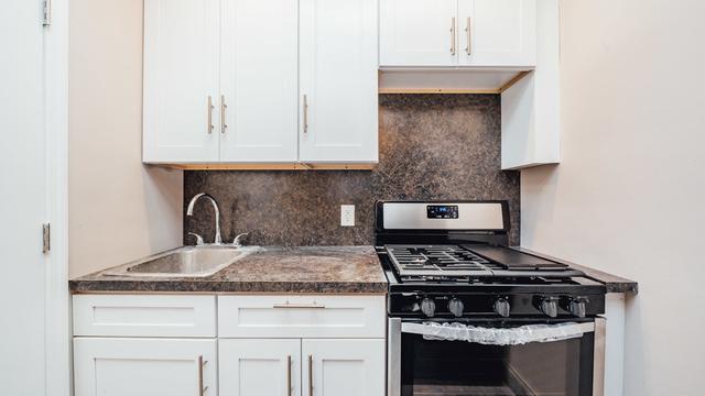 4 Bedrooms, Bushwick Rental in NYC for $3,299 - Photo 2