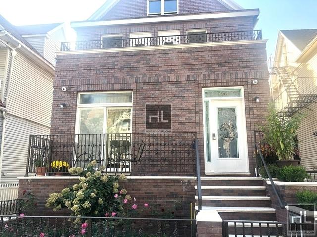 4 Bedrooms, Kensington Rental in NYC for $3,900 - Photo 1