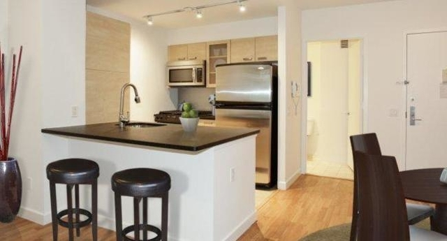 2 Bedrooms, Tribeca Rental in NYC for $5,815 - Photo 1