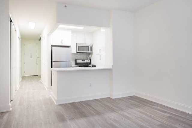 Studio, Financial District Rental in NYC for $3,301 - Photo 2