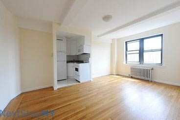 Studio, Manhattan Valley Rental in NYC for $2,375 - Photo 2