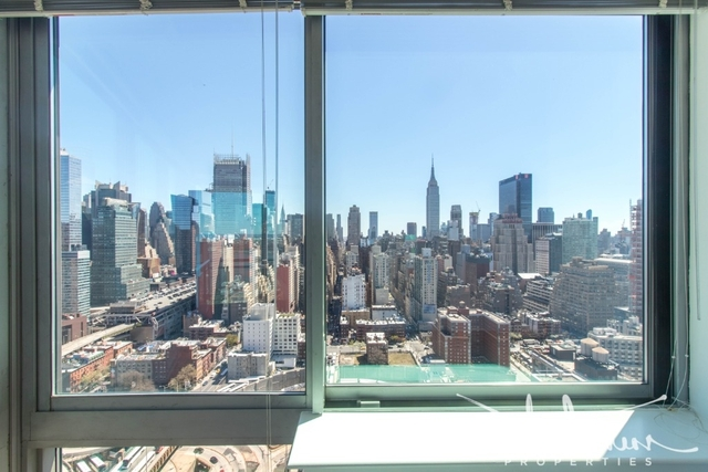 Studio, Hell's Kitchen Rental in NYC for $2,993 - Photo 1