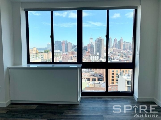 Studio, Hell's Kitchen Rental in NYC for $3,195 - Photo 2