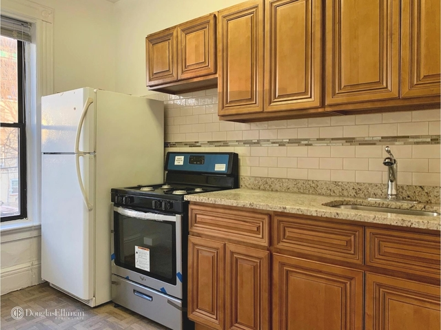 3 Bedrooms, Sunset Park Rental in NYC for $2,295 - Photo 2