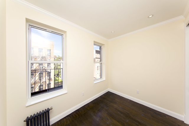 2 Bedrooms, Alphabet City Rental in NYC for $3,667 - Photo 2
