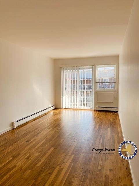 1 Bedroom, Astoria Rental in NYC for $2,100 - Photo 2