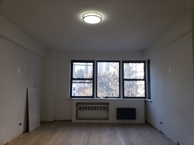 1 Bedroom, Turtle Bay Rental in NYC for $4,750 - Photo 1