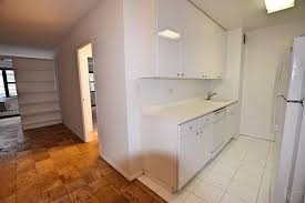 1 Bedroom, Turtle Bay Rental in NYC for $3,806 - Photo 2