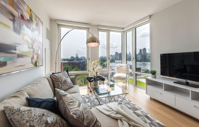 2 Bedrooms, Astoria Rental in NYC for $4,400 - Photo 1