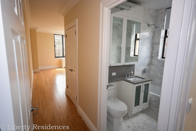 2 Bedrooms, Battery Park City Rental in NYC for $6,749 - Photo 1
