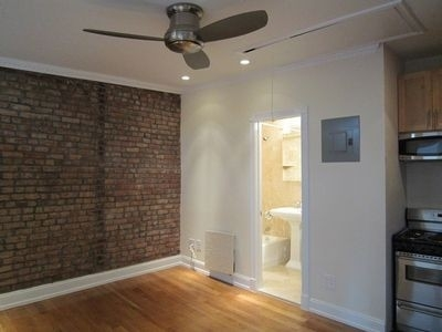 2 Bedrooms, Alphabet City Rental in NYC for $3,965 - Photo 2