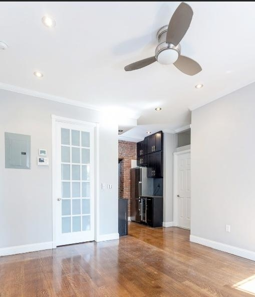 1 Bedroom, Alphabet City Rental in NYC for $2,949 - Photo 2