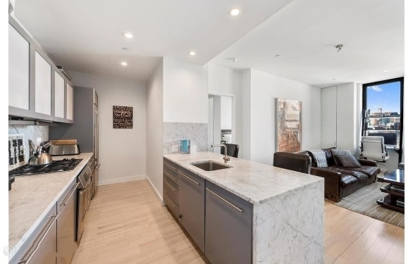 2 Bedrooms, SoHo Rental in NYC for $8,720 - Photo 1