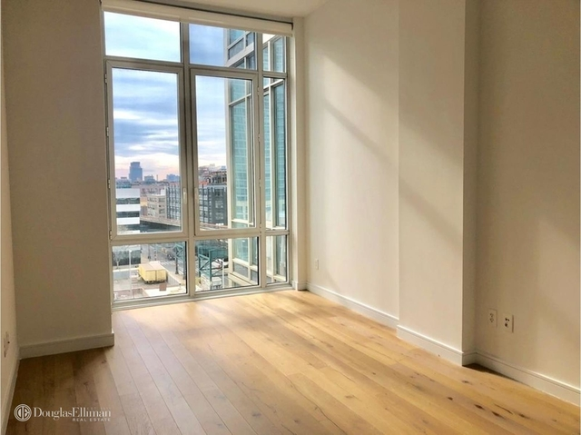 Studio, Long Island City Rental in NYC for $2,650 - Photo 1
