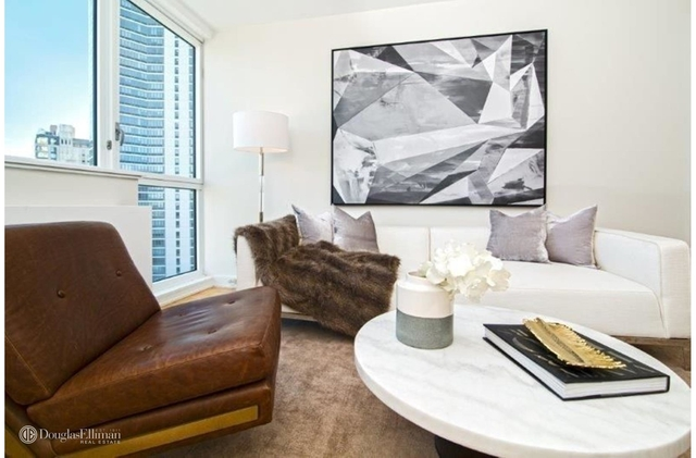 Studio, Long Island City Rental in NYC for $2,815 - Photo 2