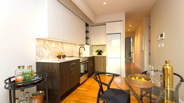 1 Bedroom, Williamsburg Rental in NYC for $4,325 - Photo 2