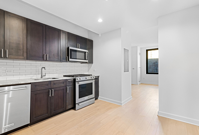 Studio, Lincoln Square Rental in NYC for $3,150 - Photo 1