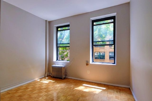 2 Bedrooms, East Village Rental in NYC for $2,515 - Photo 1