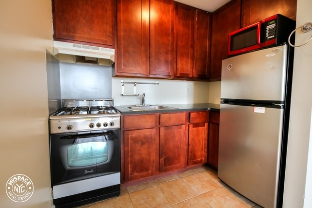 2 Bedrooms, East Williamsburg Rental in NYC for $2,599 - Photo 2
