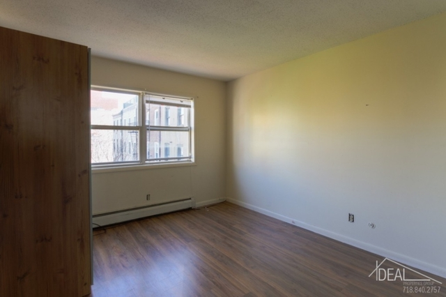 3 Bedrooms, Greenwood Heights Rental in NYC for $2,300 - Photo 2