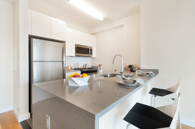 1 Bedroom, Hell's Kitchen Rental in NYC for $3,424 - Photo 1