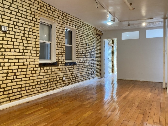 3 Bedrooms, SoHo Rental in NYC for $4,200 - Photo 1