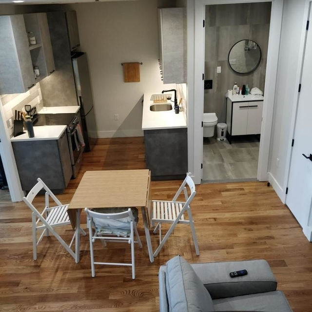 3 Bedrooms, East Williamsburg Rental in NYC for $5,270 - Photo 2