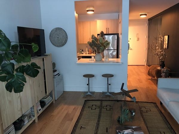 Studio, Financial District Rental in NYC for $3,565 - Photo 2