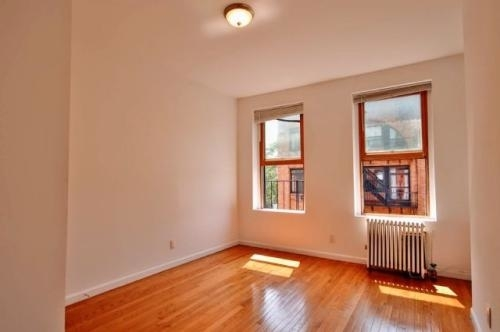 2 Bedrooms, West Village Rental in NYC for $3,200 - Photo 1