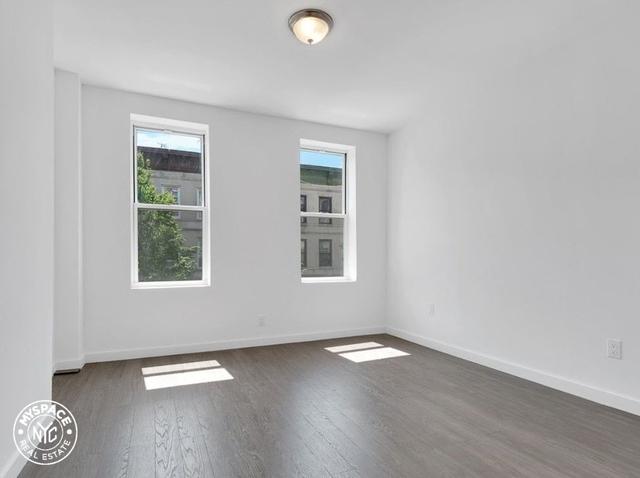 2 Bedrooms, Bushwick Rental in NYC for $2,449 - Photo 2