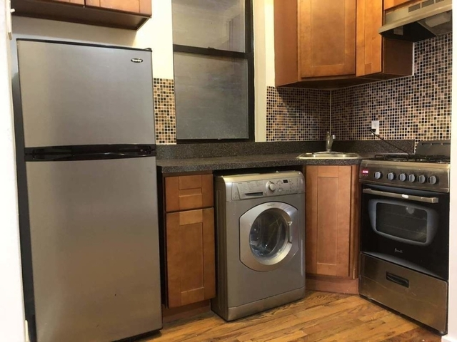 3 Bedrooms, Hell's Kitchen Rental in NYC for $3,700 - Photo 2