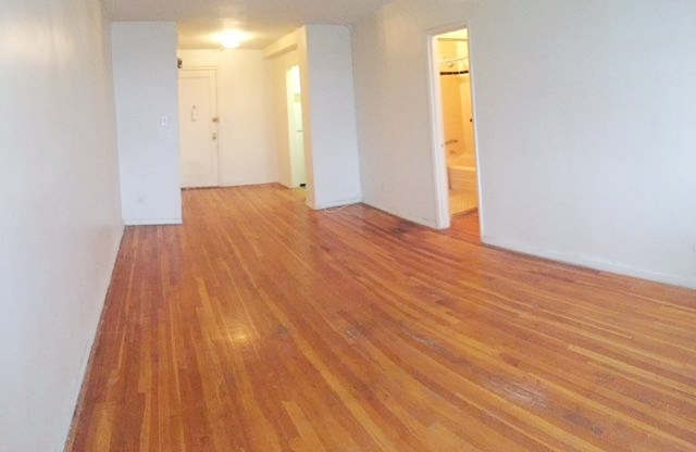 Studio, Madison Rental in NYC for $1,350 - Photo 2