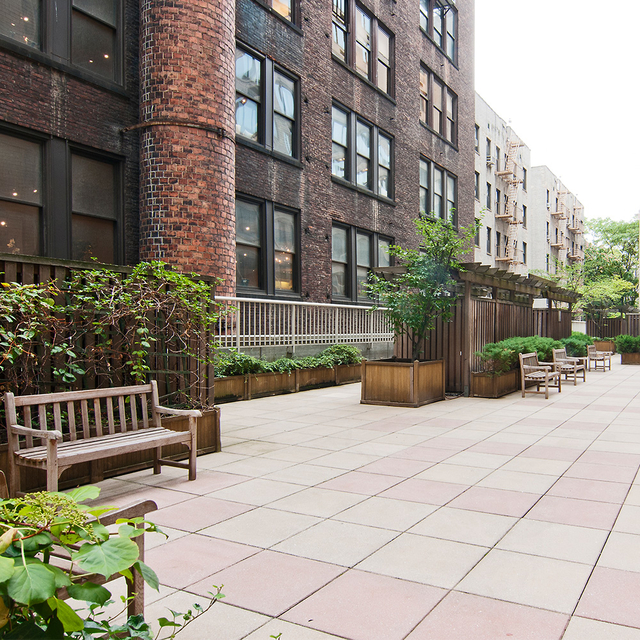 1 Bedroom, Chelsea Rental in NYC for $4,795 - Photo 2