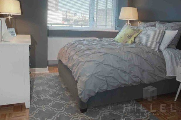 1 Bedroom, Long Island City Rental in NYC for $3,268 - Photo 2