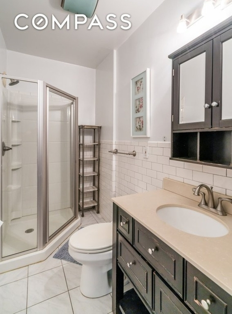 3 Bedrooms, Turtle Bay Rental in NYC for $4,750 - Photo 2