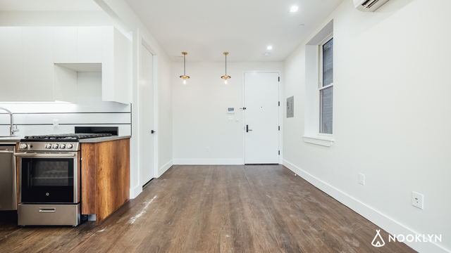2 Bedrooms, Flatbush Rental in NYC for $2,399 - Photo 2