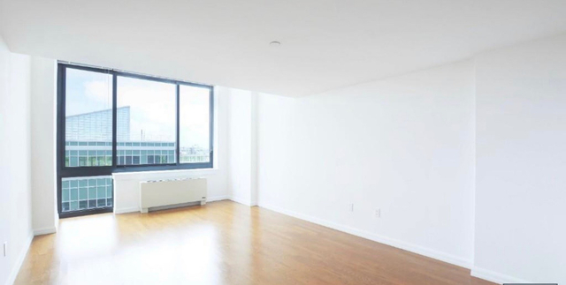 1 Bedroom, Hunters Point Rental in NYC for $3,209 - Photo 2