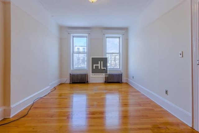 3 Bedrooms, Sunset Park Rental in NYC for $2,450 - Photo 1